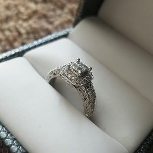 Jewelry - Engagement Ring w/Wedding Band